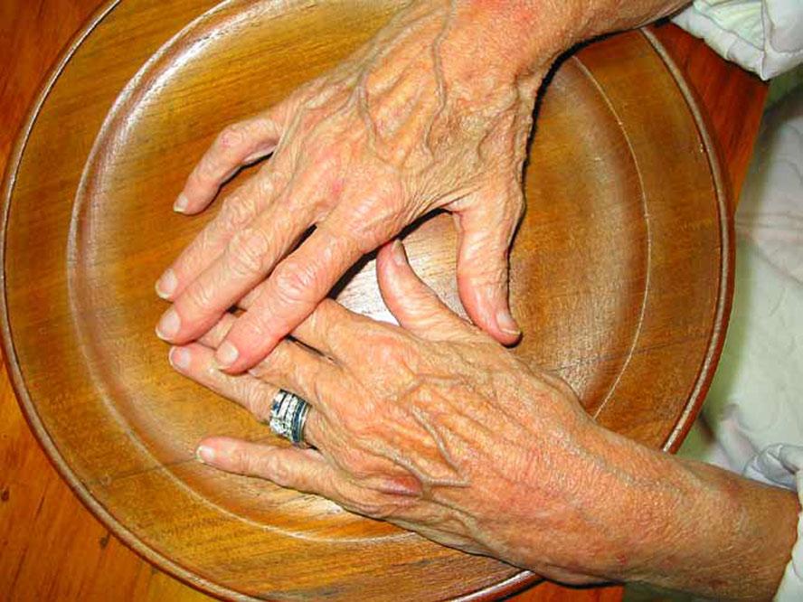 mom-hands